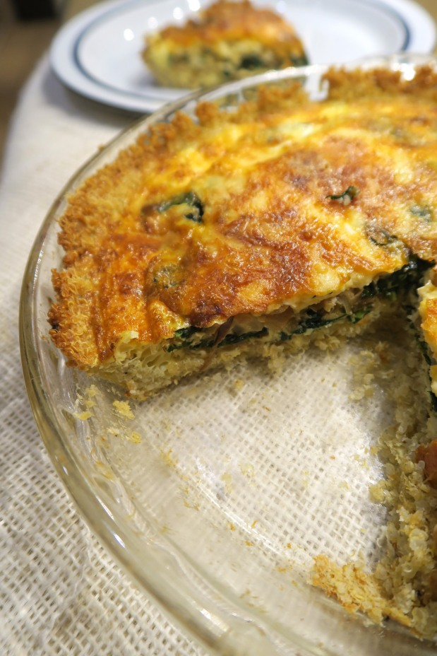 Spinach, Onion & Smoked Gouda Quiche with Quinoa Crust