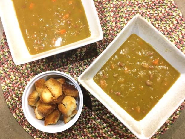 Slow Cooker Split PeaSoup